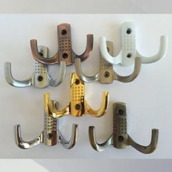Крючки мебельные